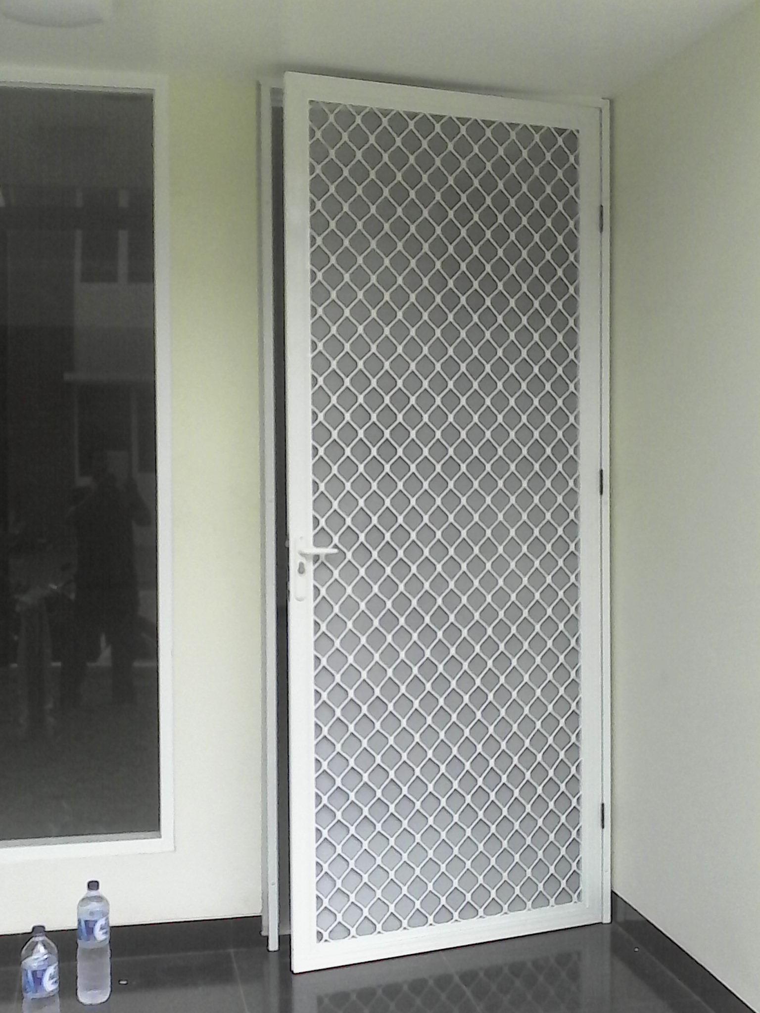Hasil gambar untuk pintu expanda